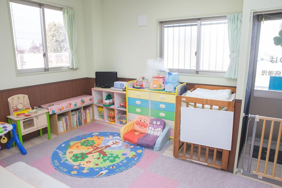 静かで落ち着いた雰囲気の、病児・病後児専用の保育室「よつば」